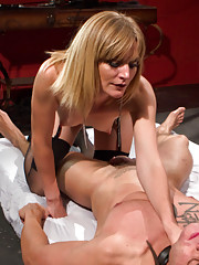 Mona Wales tases, zaps, teases and tortures salve boy in her electro femdom dungeon.