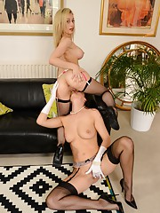 Lara Latex & Chessie go lez