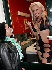 Customer lubing up a hooker