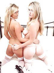 Girls pleasuring each other
