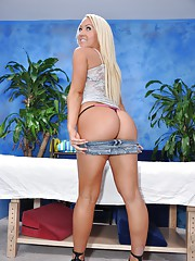 Cute 18 year old blond massage therapist Sienna Splash gives a little more than a massage!