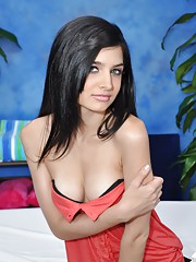Hot 18 year old Zoey Kush gves MORE than just a massage.