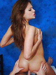 Hot 18 year old Brunette gives a sensual massage with a little something extra at the end!