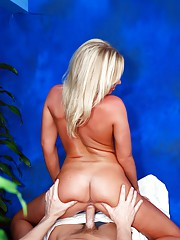 Hot 18 year old blonde gives an exotic massage with a happy ending!