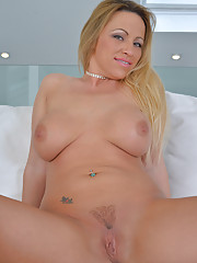 Cock starved housewife Taylor Morgan gets her pussy nice and creamy