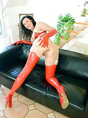 Slut Lara Latex gets banged