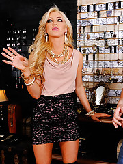 Cameron Dee is a naughty rich girl who stops by a store cause she needs to pick up some jewelry for her night out. The problem is that this store doesn't have the fancy gold jewelry she's used to. After she looks around for a while she realizes