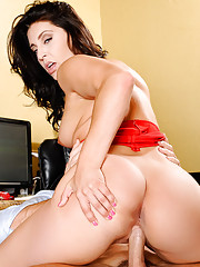 Gracie Glam catches her employee editing some porn during company time. She