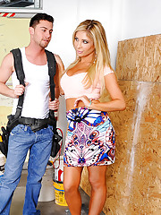 Tasha Reign is starting a new business and her boyfriend's son, Seth, is helping out by doing some construction work on it. Tasha stops by to check on him and while there she confesses that while Seth's dad is great at taking care of most issues